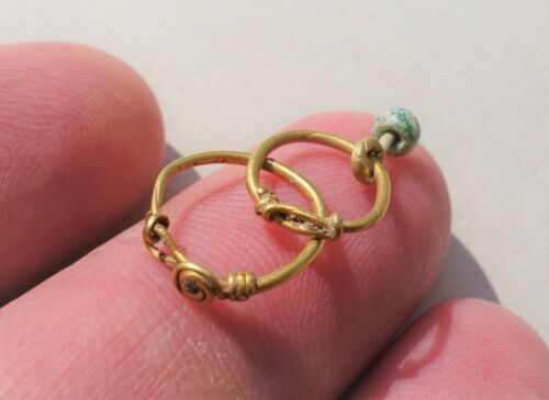 Ancient lot of Gold late Roman/Byzantine Twisted Small Rings,circa 6-7 century