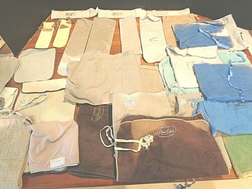 Lot of 28 silver keepers and silver cloths Various sizes and shapes