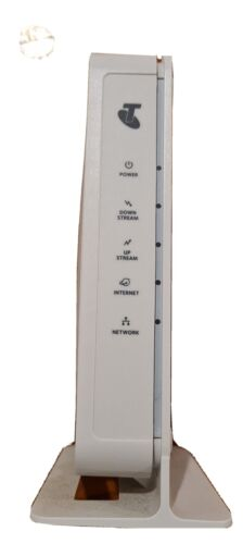 TELSTRA NETGEAR Cable Modem CM450-1TLAUS with Cables as pictured