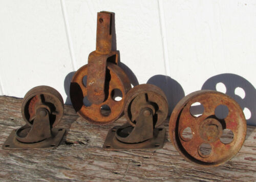 VINTAGE CAST IRON WHEEL ANTIQUE SWIVEL CASTER SALVAGE STEAMPUNK INDUSTRIAL OLD