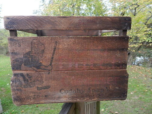 Antique Vintage Old Dutch Cleanser Wood Crate woman Chase Dirt Cudahy Soap 1920s