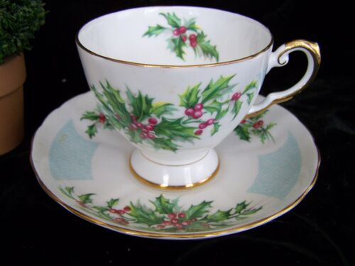 Tuscan Fine Bone China Teacup Cup Saucer December Holly Birthday/Flower Series