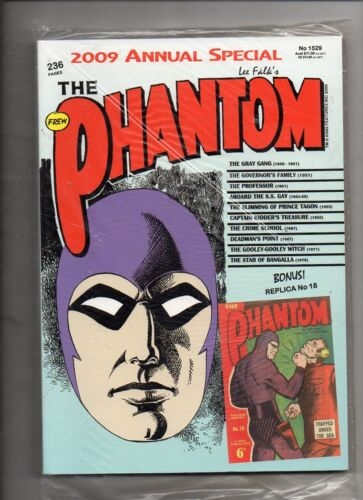PHANTOM  ANNUAL 2009 (No 1529) ' WITH REPLICA No 18  IN MINT CONDITION