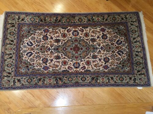 Authentic Kashan Persian Rug True Hand Knotted 1950's Excellent Condition
