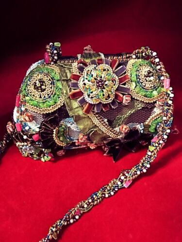 Mary Frances Beaded Shoulder Bag - Excellent Preowned Condition