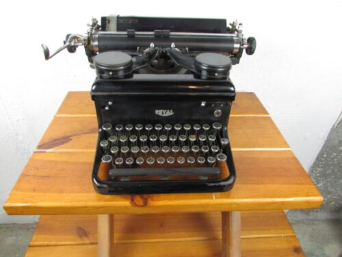 Royal Typewriter Antique Great Condition Very Clean and Appears to All Work