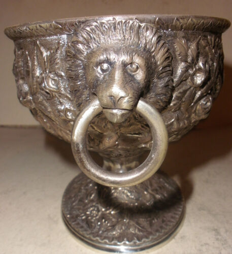 RARE ANTIQUE S KIRK &SON 11OZ COIN SILVER REPOUSSE BOWL LION HANDLES 486.8 GR