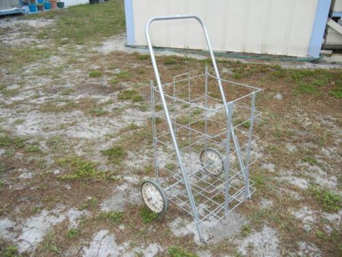 Folding Grocery Cart - PICK UP ONLY in Sebring Florida Lot 41A