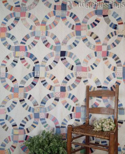 "Farmhouse Fresh! VINTAGE 30s Scrappy Double Wedding Ring QUILT  80"" x 80"""
