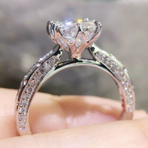 1.5ct Crown Princess Creative Square Engagement Micro-inlaid Luxury Hollow Ring