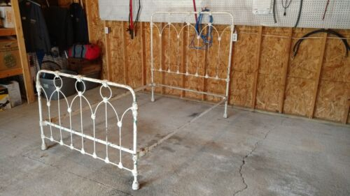 """ANTIQUE CAST IRON BED """"VERY OLD"""""""