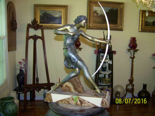 """French Uriano Art Deco c1930's """"Dianna The Huntress"""" Statue  Sculpture"""
