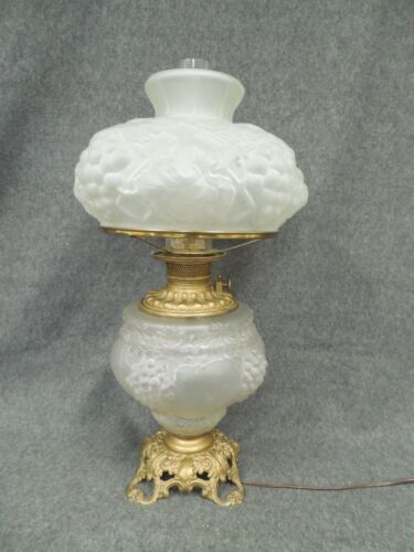 Parlor Lamp GWTW Consolidated Hanging Grape in Crystal Satin Glass c.1910 RARE