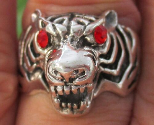 REAL 925 sterling silver Red Eye Tiger plain oxidised  Ring size N1/2-S- BOY MEN