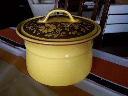 RARE LARGE METLOX POPPYTRAIL YELLOW SPANISH SAN CLEMENTE COVERED POT CASSEROLE