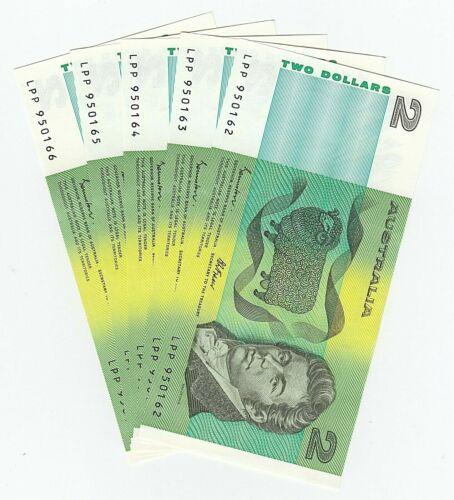 AUSTRALIA Two Dollar $2 Notes x 5 (UNC) CONSECUTIVE Serial Numbers - 1985 R89