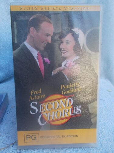 SECOND CHORUS FRED ASTAIRE PAULETTE GODDARD VHS TAPE PG(LIKE NEW)