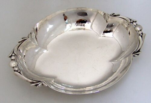 Cellini Arts and Crafts Style Silver Serving Bowl Chicago 1920