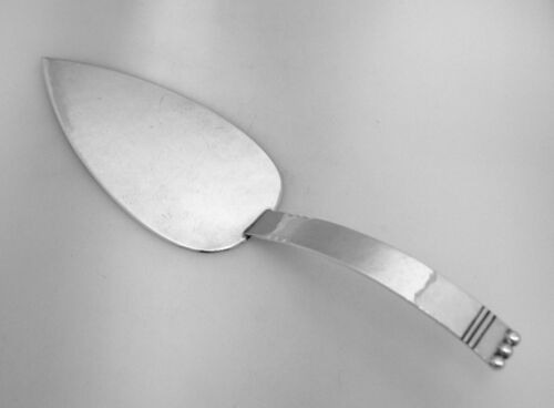 Cellini Arts and Crafts Pie Server Sterling Silver 1920