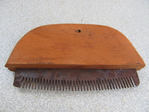 ANTIQUE OLD OTTOMAN WOODEN HAND MADE COMB FOR HORSES FARM TOOL EARLY 20th