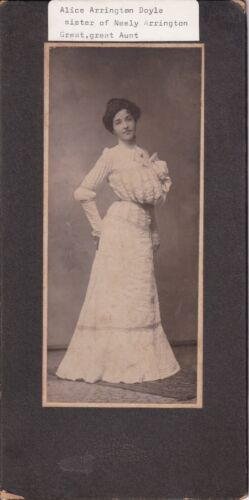 ANTIQUE CABINET CARD: BEAUTIFUL SEXY YOUNG LADY IN POUFY BODICE DRESS-K.C., MO.