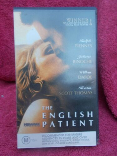 THE ENGLISH PATIENT RALPH FIENNES(No 101151)VHS TAPE M(LIKE NEW)