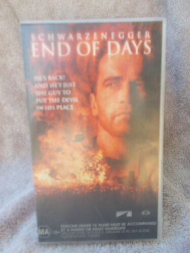 END OF DAYS(No 102412)ARNOLD SCHWARZENEGGER MA VHS TAPE(LIKE NEW)