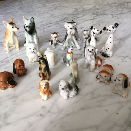 Collection CHIENS  ANCIENS MINIATURE  EN PORCELAINE Vintage Porcelaine Dogs