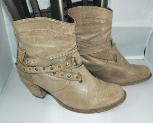 RED HERRING  WOMENS BROWN PULL ON LEATHER ANKLE BOOTS SIZE:5/38(WB3008)