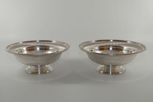 pair quality Barker Ellis Silverplate EPCA decorated and gadrooned comports