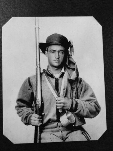 civil war  Military Soldier With Rifle And Knife tintype C945RP