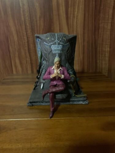 Farcry 4 Collector's Edition Statue + additional CE Content