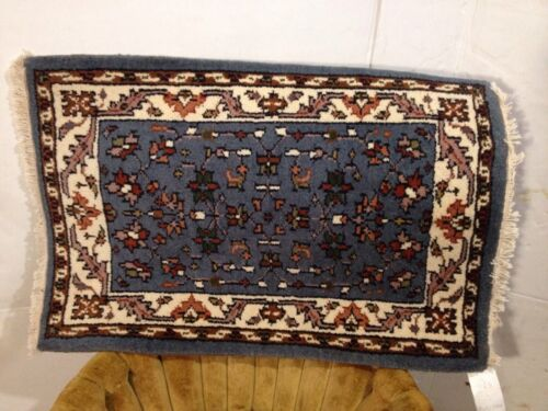 Vintage Hand Made Rug 3' By 2' Very Good Condition See7pix4Close Ups. MAKE OFFER