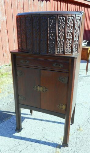 Excellent Cr. 1915 Antique Bar Cabinet Art Nouveau Mahogany Carved Top