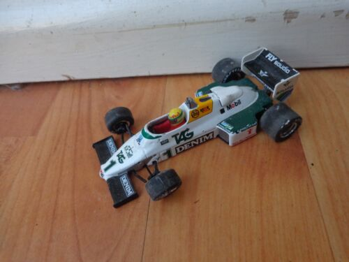 MINICHAMPS 1/43 Saoudite Williams Ford FW08 - Ayrton Senna 1983 F1 Voiture