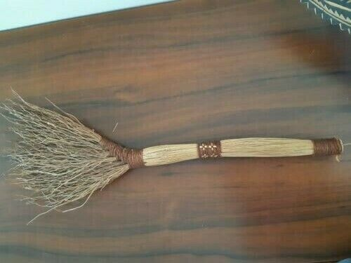 PNG BRUSH - VERY GOOD CONDITION - COLLECTABLE