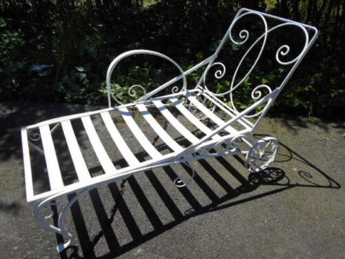 """Antique """"SALTERINI"""" Single Wrought Iron Chaise Lounge/PICKUP ONLY!"""