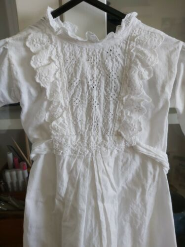 Antique Victorian White Cotton and Lace Baby Nightgown Nightie VGC