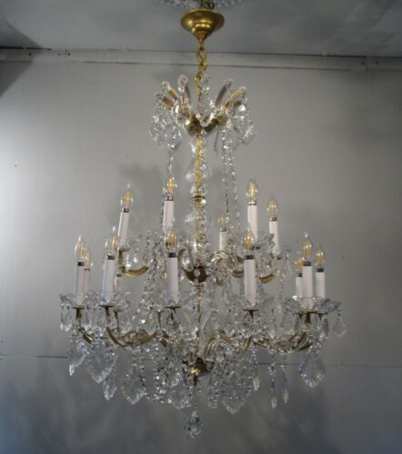 Antique Vintage Maria Theresa Made In Italy 18 Light Grand Chandelier Crystal