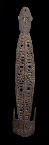 OLD Double sided CARVED BASKET HOOK FROM MANGINJAMGIF VILLAGE NEW GUINEA