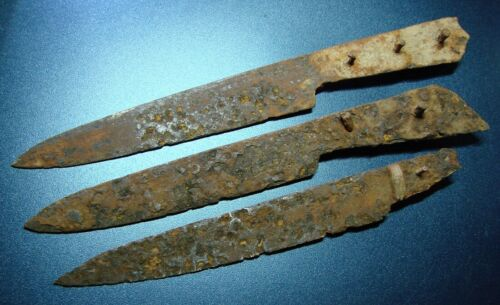 Ancient Cossack marching knifes.16th-17th century. IRON. ORIGINAL