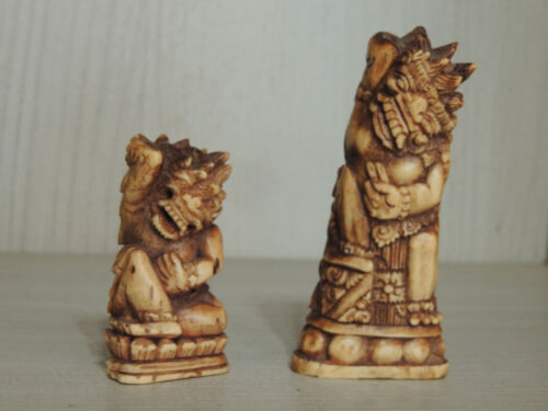 Ancient pair of Indonesian fine figures statuette