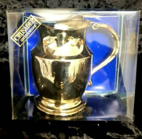 """PERFECT BOXED 1960s """"AS NEW"""" Vintage Silver Plated Water Jug Crusader 13cm LABEL"""