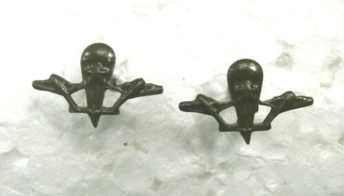 Soviet Russian emblems on the buttonholes of the airborne forces for field formOriginal Period Items - 13983