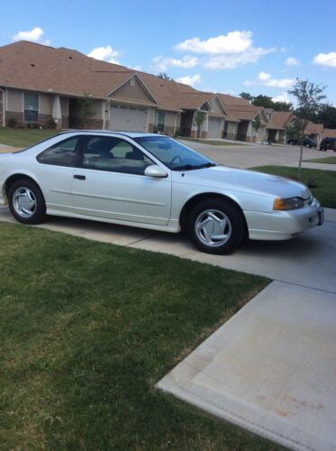 1994 Ford Thunderbird SUPER COUPE 1994 Ford Thunderbird Coupe White RWD Automatic SUPER COUPE