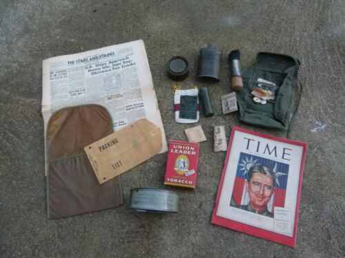 WW2 Lot US Americain Talc Revue Stars and Stripes Trousse Couture Paquetage