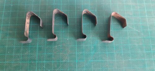 Vintage FOWLERS VACOLA  VV clips