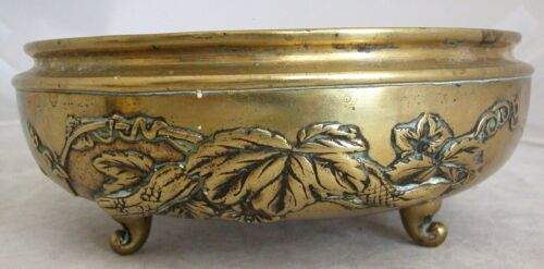 "7.8"" Antique Meiji Period Japanese Brass Footed Censer or Sunabachi Usubata"