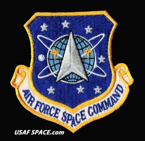 AUTHENTIC - AIR FORCE SPACE COMMAND - USAF PATCH on HOOK & LOOP MINT ****Other Space Travel - 416