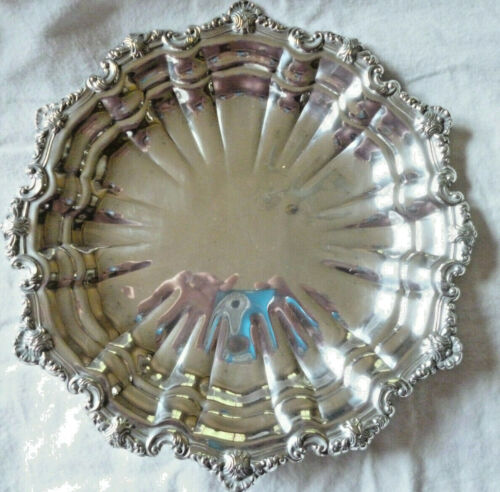 ORNATE SILVER SERVING DISH - made by VINERS - 29cm diameter